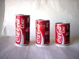 Japanese shy coke can | Hot photo)